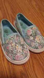 Brand new toddler shoes with bling Kitchener / Waterloo Kitchener Area image 2