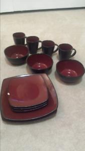 Soho Lounge dinnerware set
