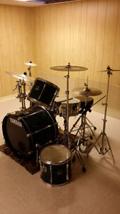 Complete Yamaha Stage Custom Drum Kit + Free Delivery