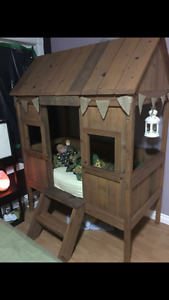 Cabin bed/playhouse