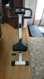Exercise Bike / Velo stationaire / Bicyclette a exercise
