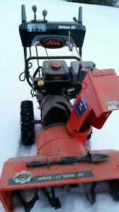 Like New - Ariens Deluxe 30 Electric Start Gas Snowblower