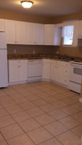 Lovely quiet, clean 2 bedroom apartment. Available for June 1, 2