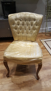 Chaise Antique - Antique chair from estate