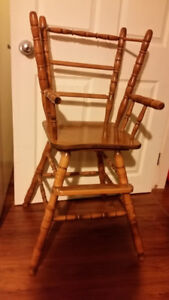 Wooden high chair in very good condition $40