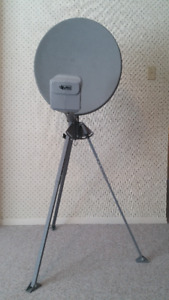 "21"" Satellite Dish, Dual LNB & adjustable Tripod Stand"