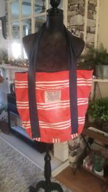 Jack Wills zip fasting bag for sale  Clifton, Nottinghamshire