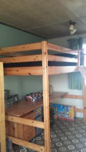 Mobilier de chambre pour enfant - Négociable