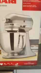 Kitchen Aid Stand up Mixer Artisan