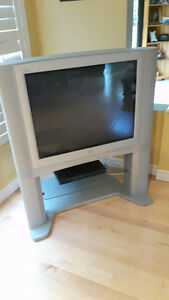 "27"" JBC TV and DVD Player"