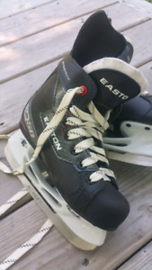 Easton Hockey Skates - Size Y13