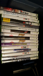 Xbox 360. Assorted games and controllers