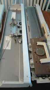 Singer Knitting Machines, Stands and attachments Windsor Region Ontario image 3