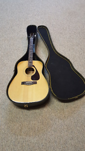 Like New Yamaha FG-335 Acoustic Guitar * PRICE REDUCED