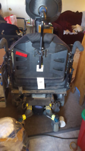 Electric wheel chair for heavier set person