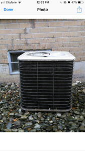 AIR CONDITIONER USED LENNOX 2 TON