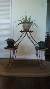 Plant/Curio Stand