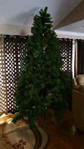 Cristmas Tree.  West Island Greater Montréal image 1