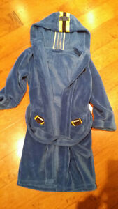 dressing gown blue size 10