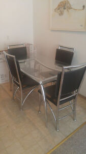 Dinning table with stand
