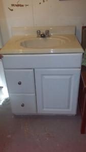Bathroom sink and vanity for sale $50