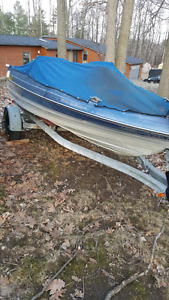 89 Bayliner 15ft fishing boat with galvanized trailer