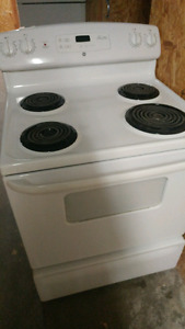 GE Refrigerators & Stoves