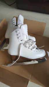 Jackson Mystique 13 1/2 figure skates for $30