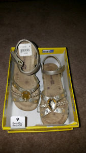 Toddler Girls Dress Sandles Size 9