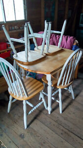 Table & Chairs SPPU