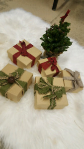 Gift boxes, tree