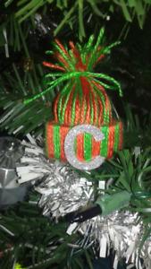 ☆☆ Pom Pom Hat Ornaments ☆☆