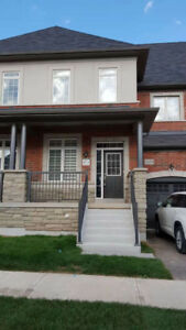Beautiful town house in a very good location in Oakville.