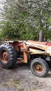 Massy 265 with loader