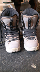 K2 clicker snowboard boots and bindings