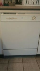 Lave vaisselle de marque Inglis