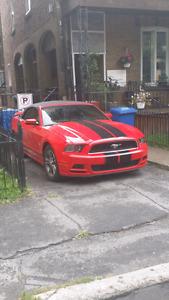 Mustang convertible premium