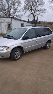 2004 Dodge Grand Caravan Minivan, Van