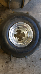 PADDLE TIRES