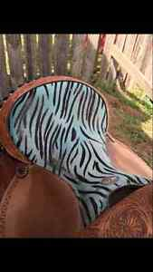 Unique Zebra Print Western Barrel Saddle Moose Jaw Regina Area image 5