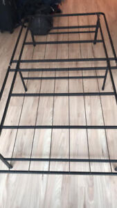 Twin foldable bed frame + twin mattress+ pillow - Few months old