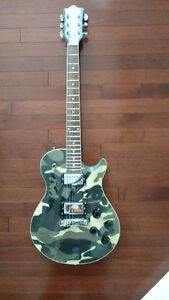 Roxbury guitar in Camoflauge FS or Trade