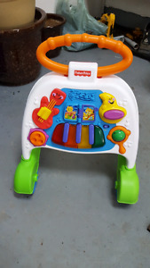 Fisher price Musical toy / learn to walk