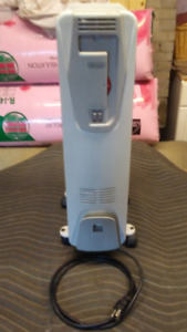 De'Longhi High Performance Oil Filled Radiant Heater. QUIET HEAT