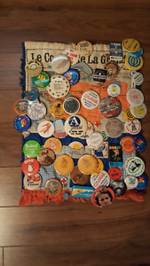 selling vintage buttons for 10 dollars