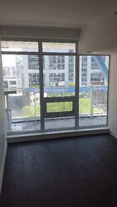 Luxury 1 Bedroom + Den Condo in the Heart of Downtown Ottawa