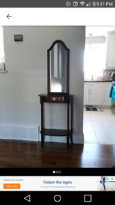 Small entrance/hallway table
