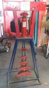 Hydraulic Tubing bender. New price $140