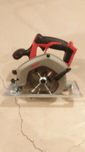 NEW - Milwaukee M18 FUEL 6 1/2-inch Circular Saw