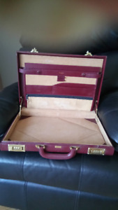Pierre Cardin Rawhide Leather Briefcase